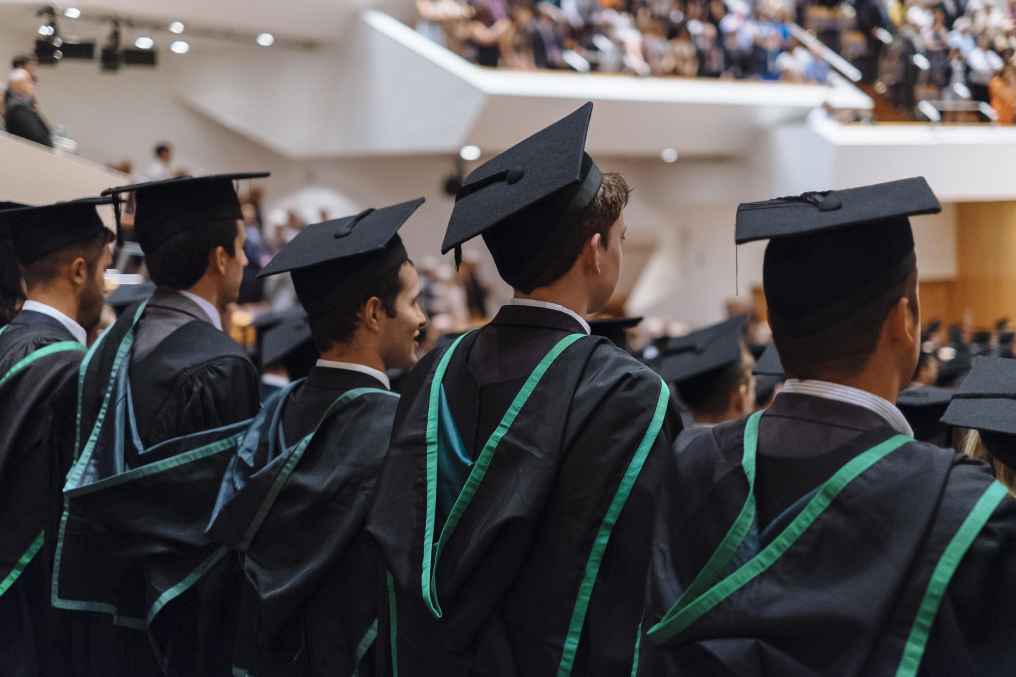 Recent Ponzi Fraud Allegedly Targeted College Grads